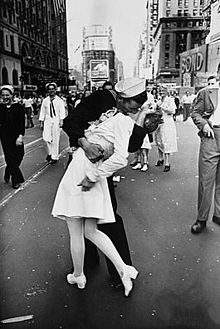 Rita Story- Soldier Kissing girl- ReadyAction
